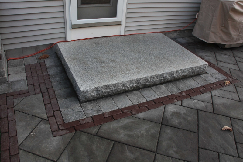 Split face granite 4' x 6' landing